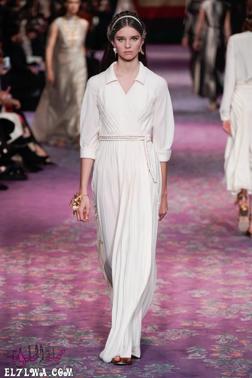 فساتين سواريه بسيطه وشيك للمحجبات موضة 2021 جمعنا لكم من خلال خبراء الأزياء في مجلة الحلوة مجموعة من افضل فساتين السواريه Couture Fashion Fashion Dior Fashion