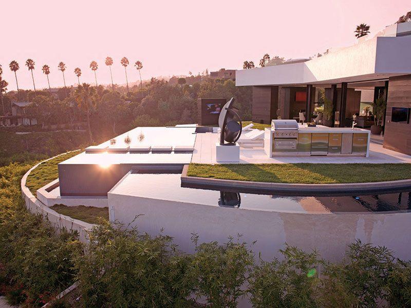 Kürzlich wurde diese extravagante Villa in Beverly Hills, 1201 ...