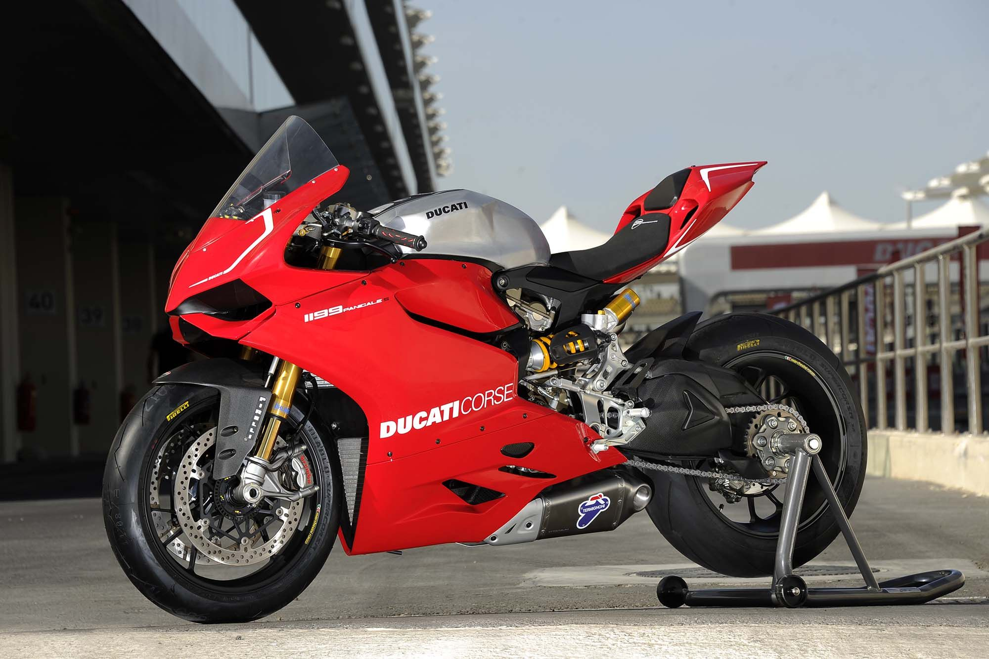 Something Wicked Fast This Way Comes The 2013 Ducati 1199 Panigale R