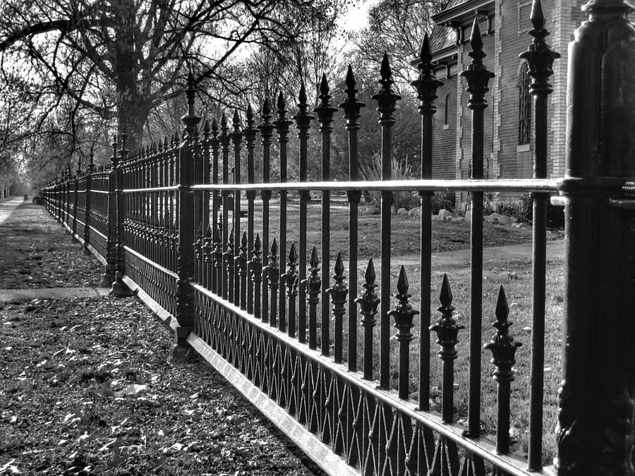 Victorian Fence Cast Iron Fence Wrought Iron Fences Iron Fence
