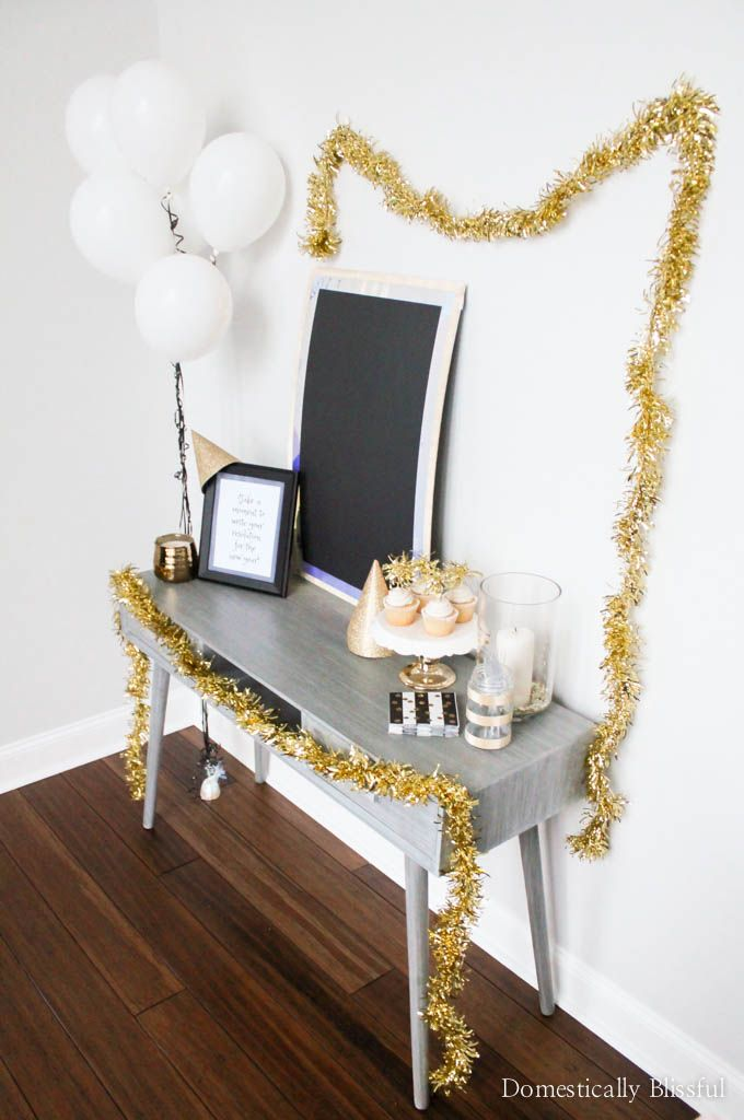 5 Easy Tips for Decorating a New Years Eve Party | Easy and Food