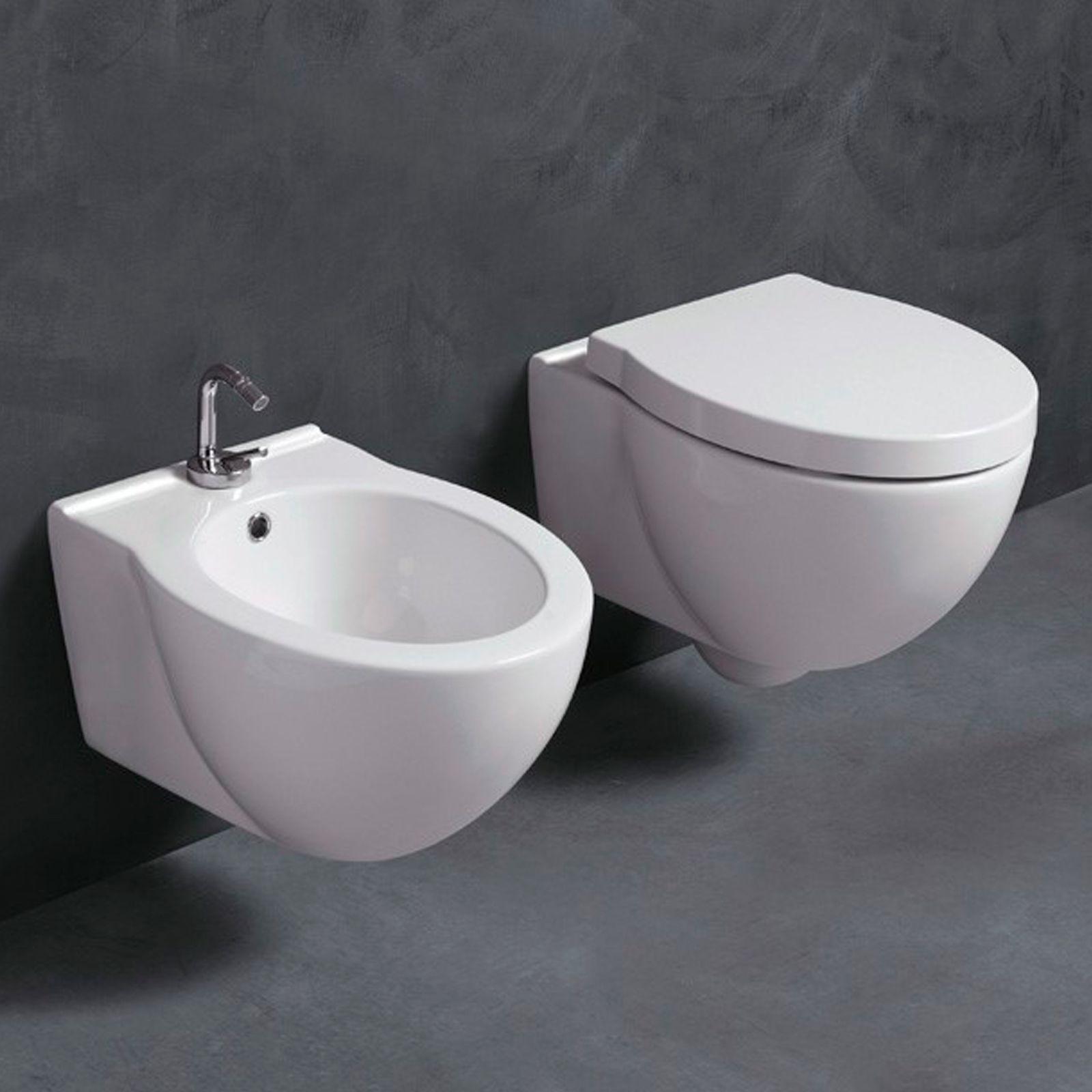 Sanitari sospesi per piccoli spazi 50x37 cm in ceramica