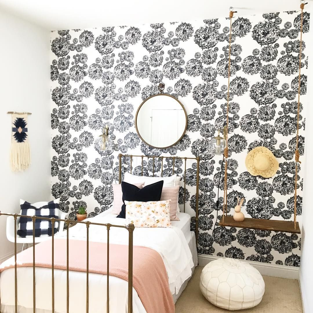 A Cookie Cutter Home Gets a Cozy Custom Makeover | Rooms ...