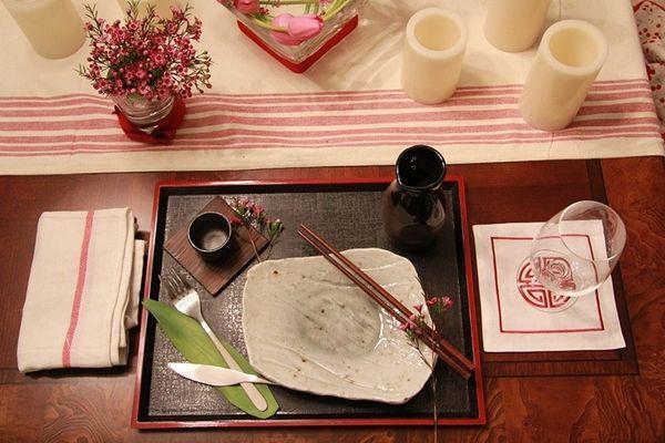decorar a mesa de almoço japones