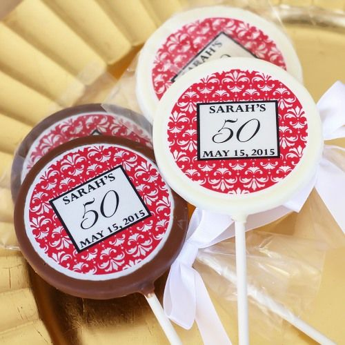 Hershey's is a classic and now you can dress up this wonderful treat in personalized wrappers with our personalized birthday Hershey's Miniatures. It's the perfect way to celebrate a special birthday for yourself or someone you love.