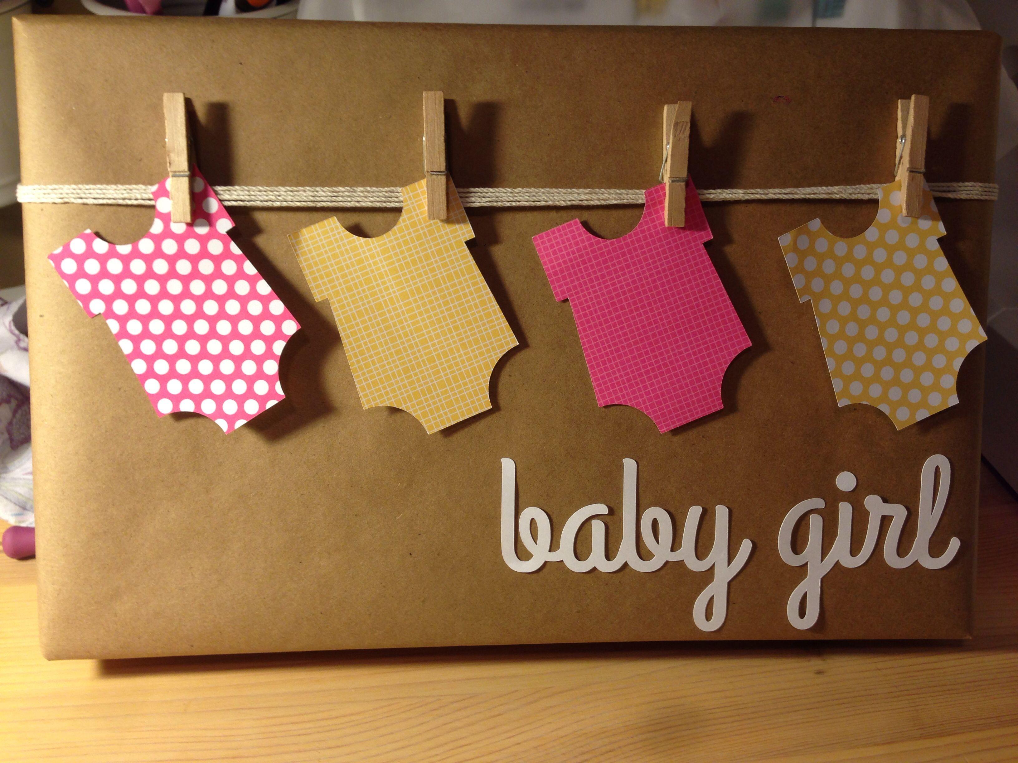 Gift Wrap For Baby Shower Silhouettecameo Babygirl Verpakken