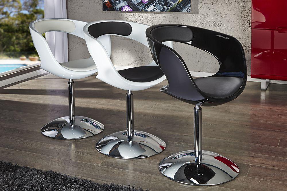 """Der imposante Dreh-Sessel """"GAMBLER"""" überzeugt durch sein ergonomisches Design. Der formschöne Körper aus hochwertigem Glasfaserkunststoff kombiniert sich harmonisch mit einer bequemen Sitz - und Rückenfläche aus Kunstleder. Das so entstandene Designobjekt fügt sich problemlos in jedes anspruchsvolle Ambiente ein und bietet Ihnen und Ihren Gästen eine komfortable Sitzmöglichkeit. Der verchromte Tulpenfuß bietet dabei optimale Stabilität und wirkt zudem edel und modern."""