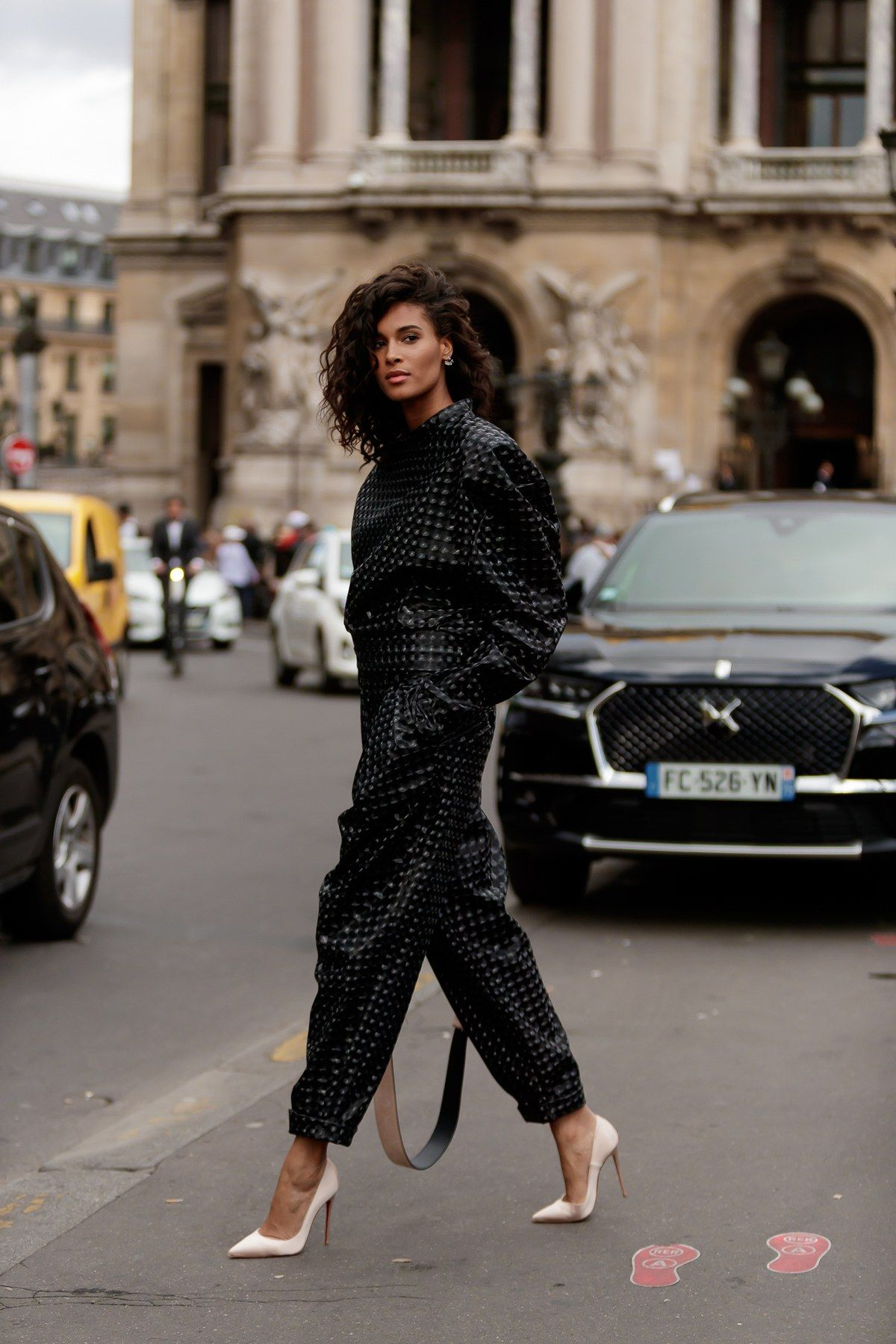 Photo of The Best Street Style at Paris Fashion Week 2019 | Teen Vogue