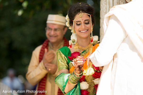 Maharani exchanging wedding rings http://www.maharaniweddings.com/gallery/photo/100674