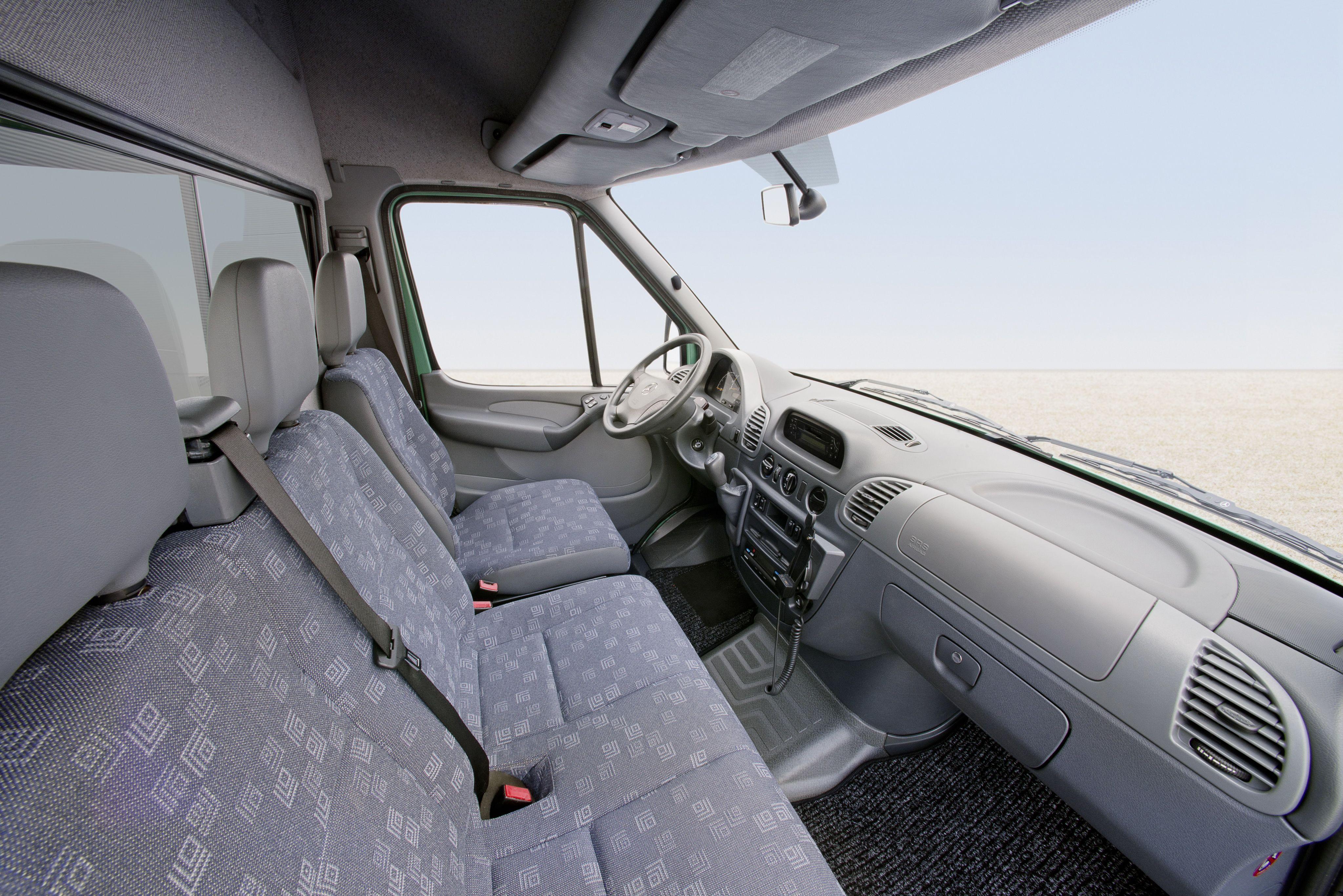 mercedes benz sprinter 313 cdi kastenwagen 39 2002. Black Bedroom Furniture Sets. Home Design Ideas