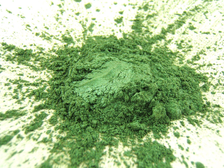 Eye Shadow Mineral Makeup - Spring Green - Vegan Eye Color Sample. $2.50, via Etsy.