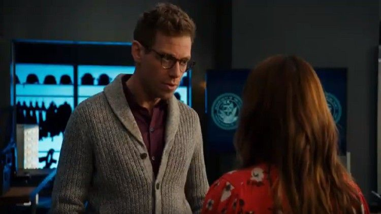 Are Nell and Eric leaving the NCIS: Los Angeles cast? Renée Felice Smith, Barrett Foa showcased