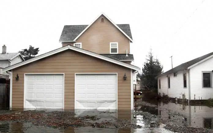 Inspiring Tips That We Get Pleasure From Basementflood Wasserschaden Uberschwemmung Architektur