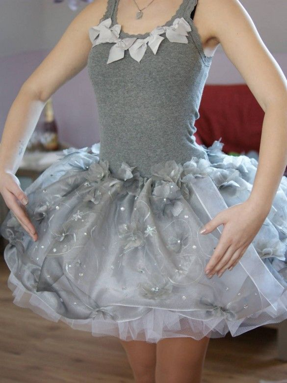 this is me, wearing my fancy dress for the 'school's out party' :)