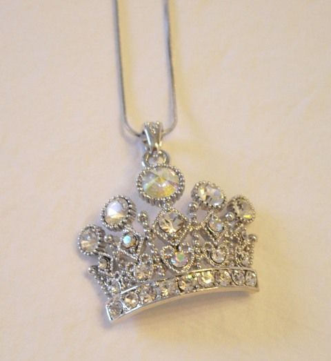 Queen of Hearts Crown Necklace  http://www.crownchic.com/jewelry/crown-necklaces