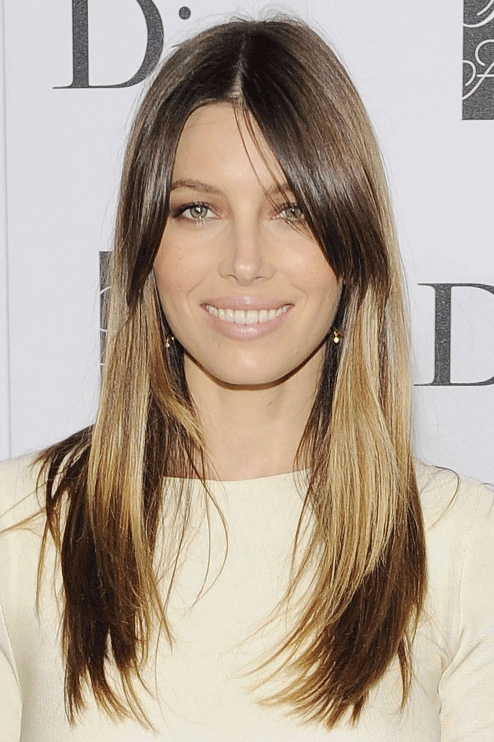 Jessica Biel Oval Face Shapes And Face Long Hairstyle Pinterest