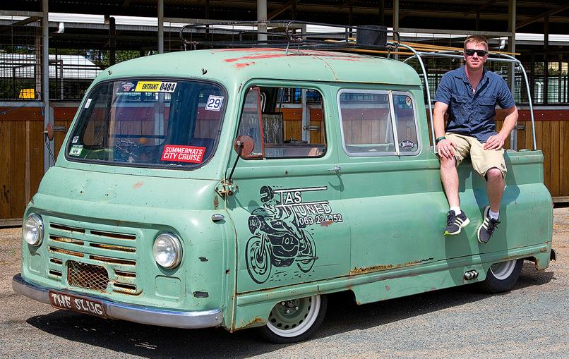 Slammed Morris J2 Pickup Cool Trucks Vintage Vans Vintage Trucks
