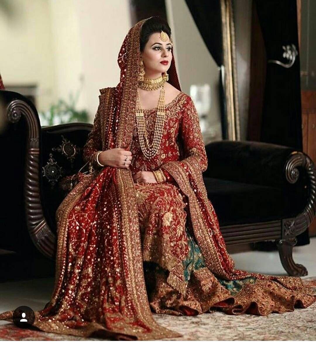 ❤ looking beautiful in #treditionallook  Instagram follow @desibridel  #repost #indianweddings #makeup  #dulhan  #fashionweek  #photography #lollywood #bollywood #tollywood #kollywood  #actress #pakistanibride #lahanga #desistyle #cleavage #nude #bridaljwellary #indianculture #treditional #shadi #2017 #dishapatani #miss #missworld  #alia  #bridelmagazine #asianbride #erotic #bold Plz follow.