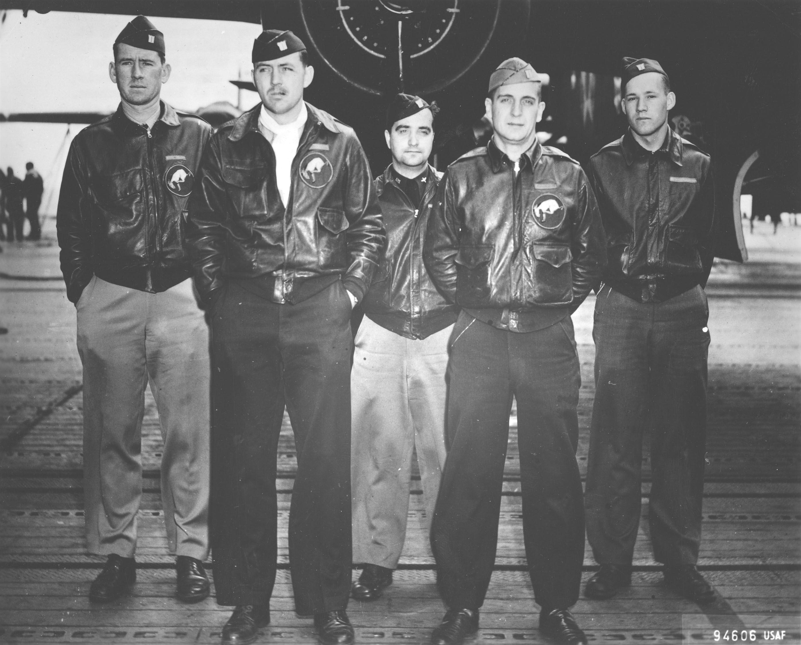 a5a69e45f Crew of