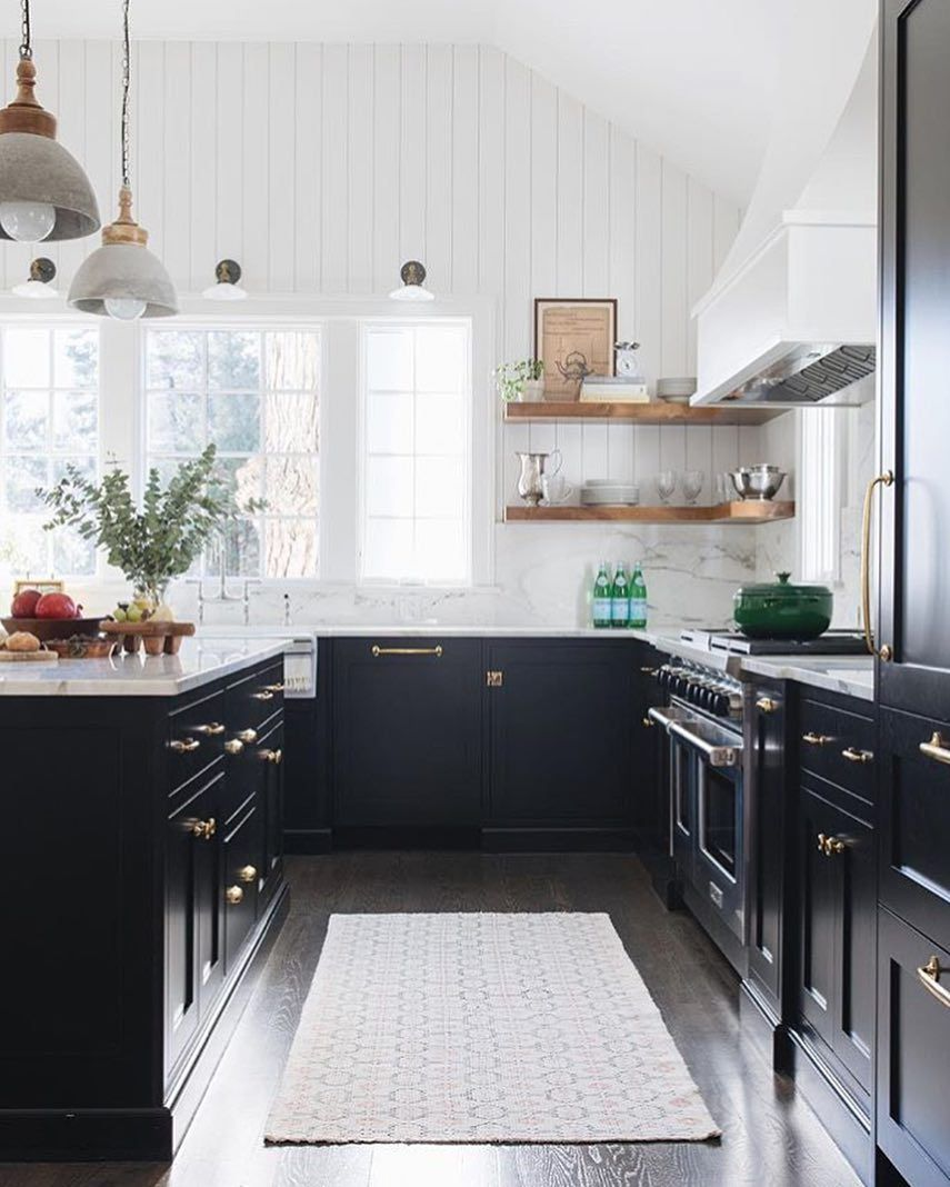 Gorgeous Kitchen With Black Cabinets Gold Hardware Open Shelving And Lots Of Natural Light Kitchen Remodel Small Kitchen Design Interior Design Kitchen