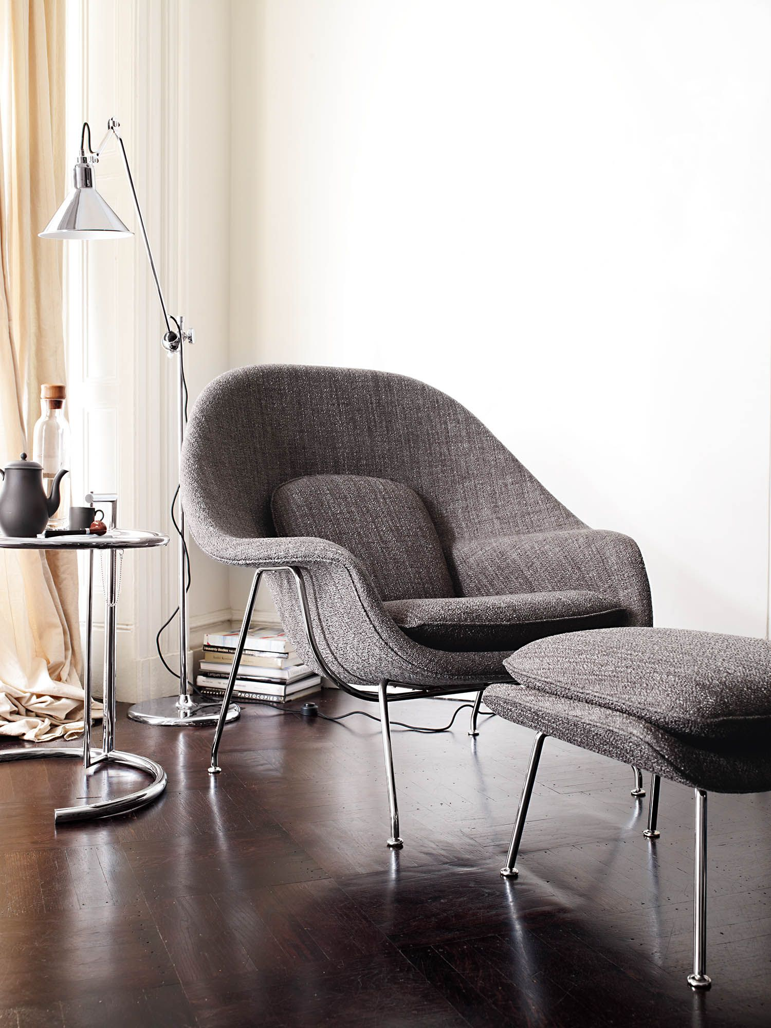 dwr womb chair unique accent chairs ottomans and cozy