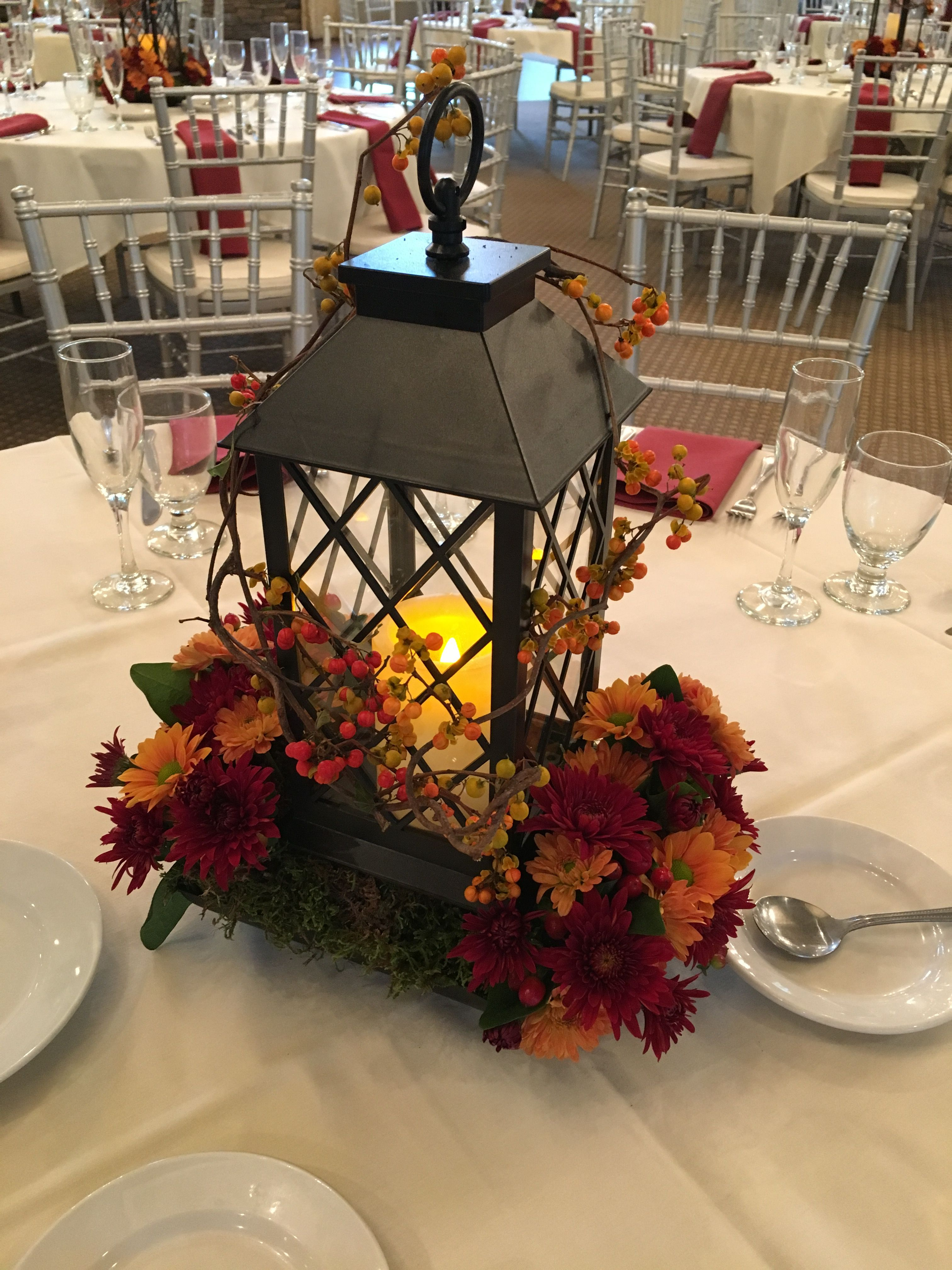 We Are Loving This Beautiful Lantern Centerpiece For A Fall