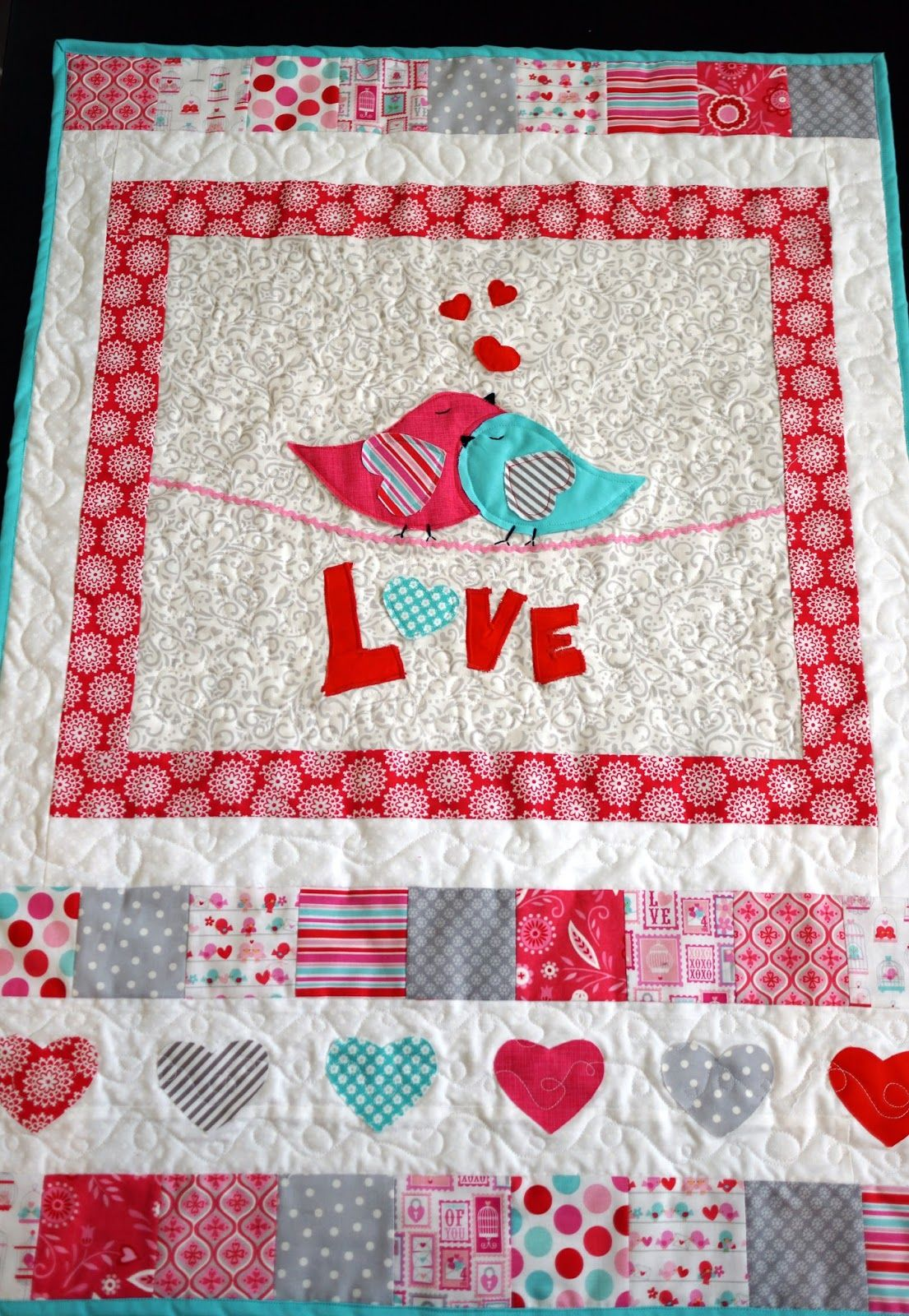 Lo Ray Me Lovey Dovey Valentine Wall Hanging Quilted Wall Hangings Quilt Sewing Patterns Wall Quilts