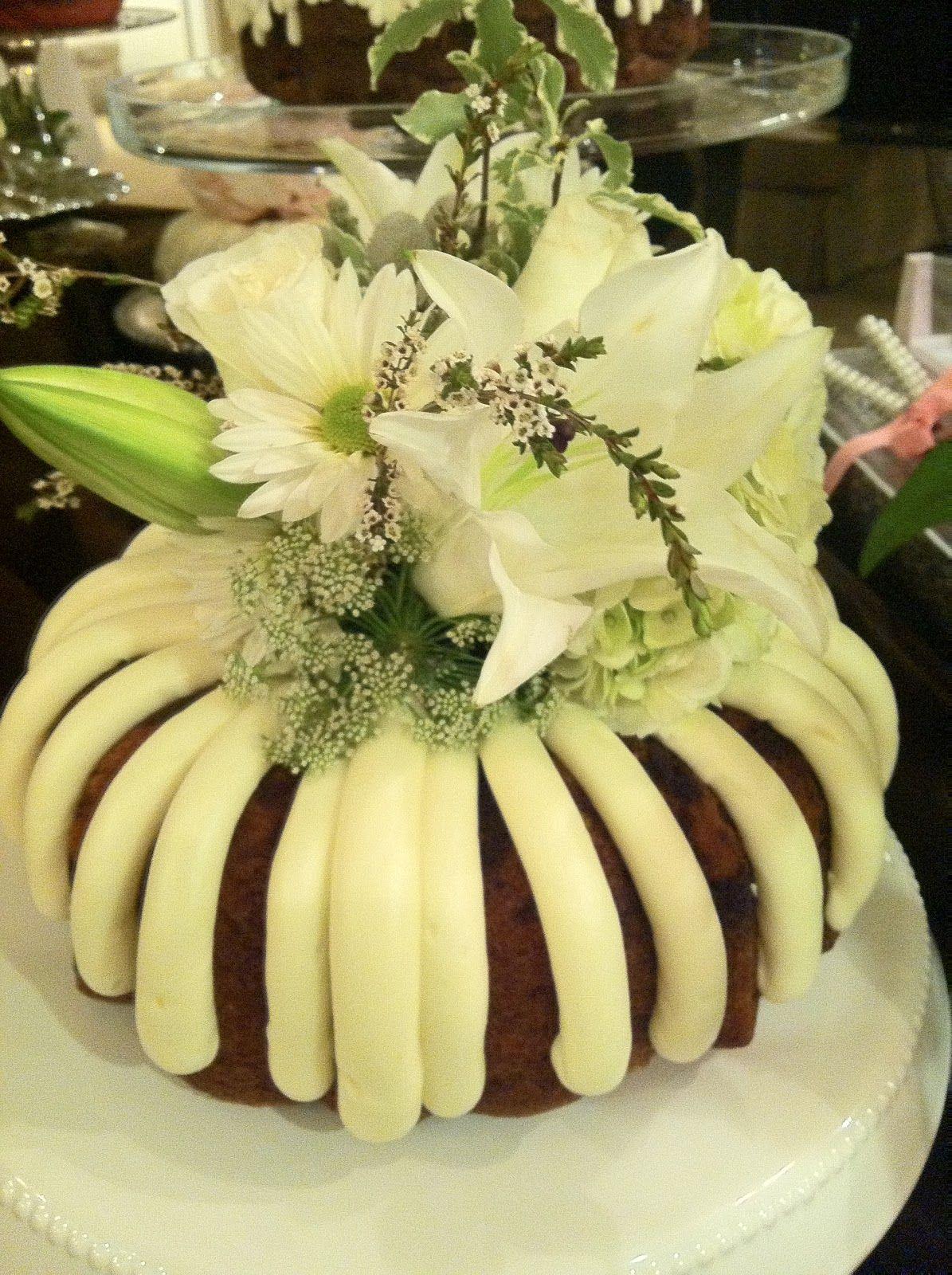 nothing bundt cakes wedding cake photos | Baby Bundt Cakes | Wedding ...