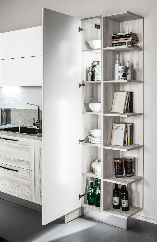 Colonna dispensa in una cucina Arrex. www.arrex.it | Idee per la ...