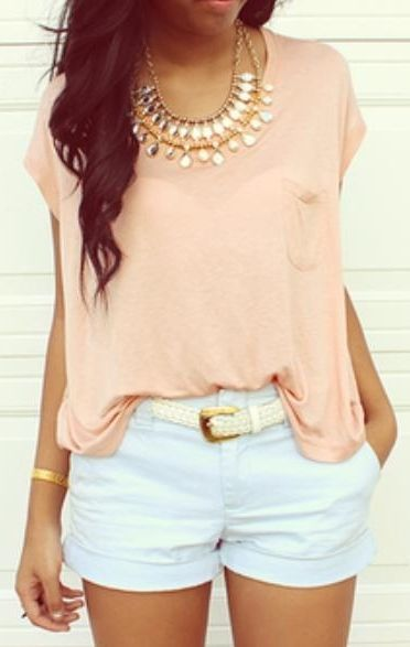 White shorts,peach top | Moda no geral | Pinterest | Summer, Ray ...