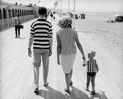 Fashionable family!