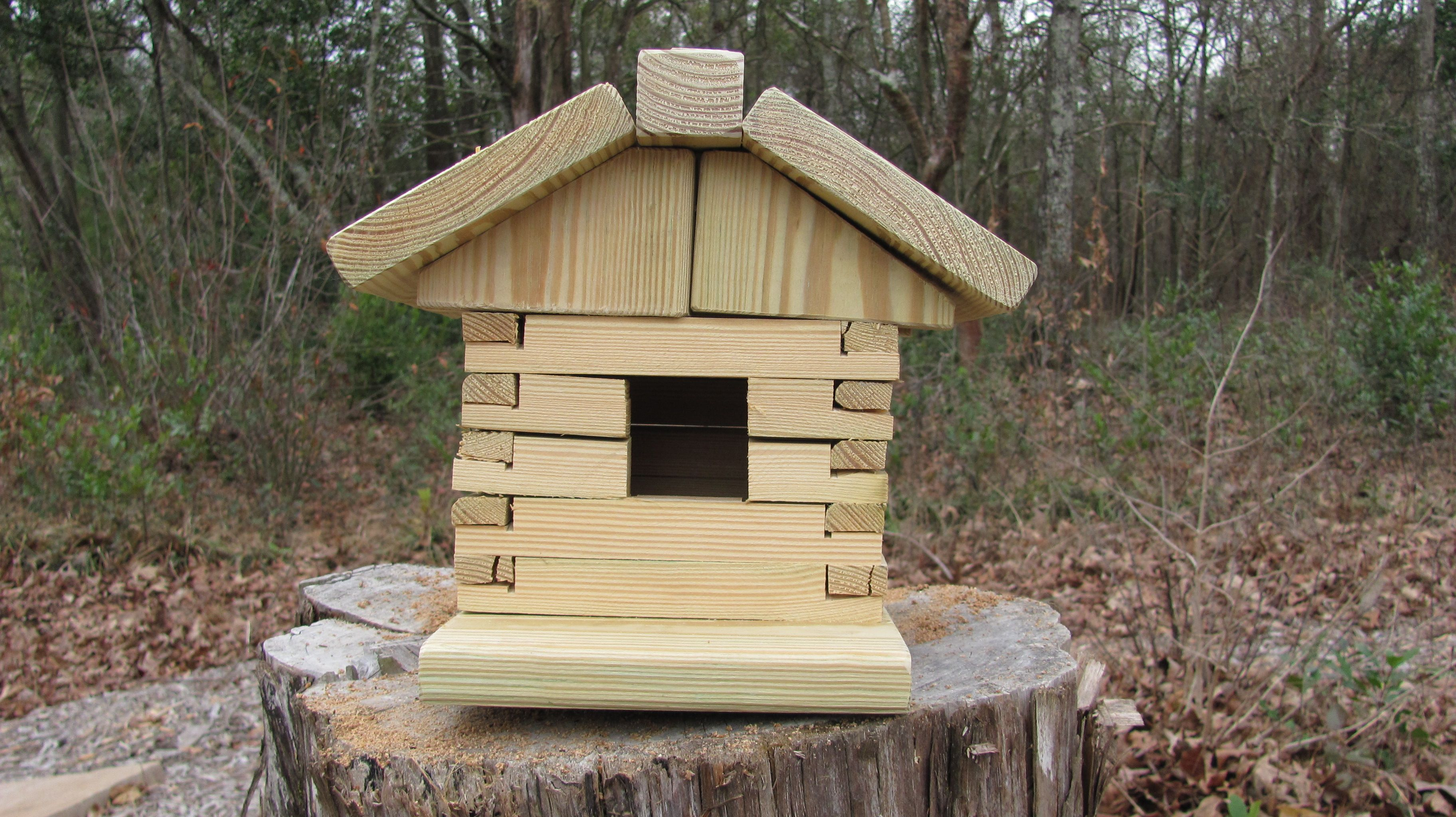 Log Cabin Bird House Made From Heavy Duty Construction