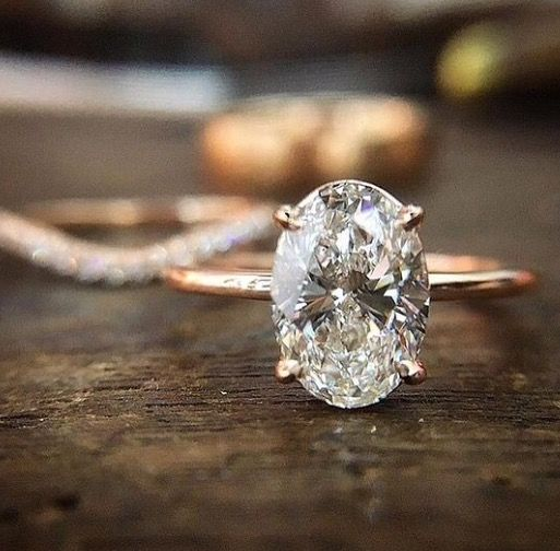 Add A Subtle Halo And Two Triangular Side Diamonds This Would Absolutely Be The One 17 Best Wedding Engagement Rings To Mix