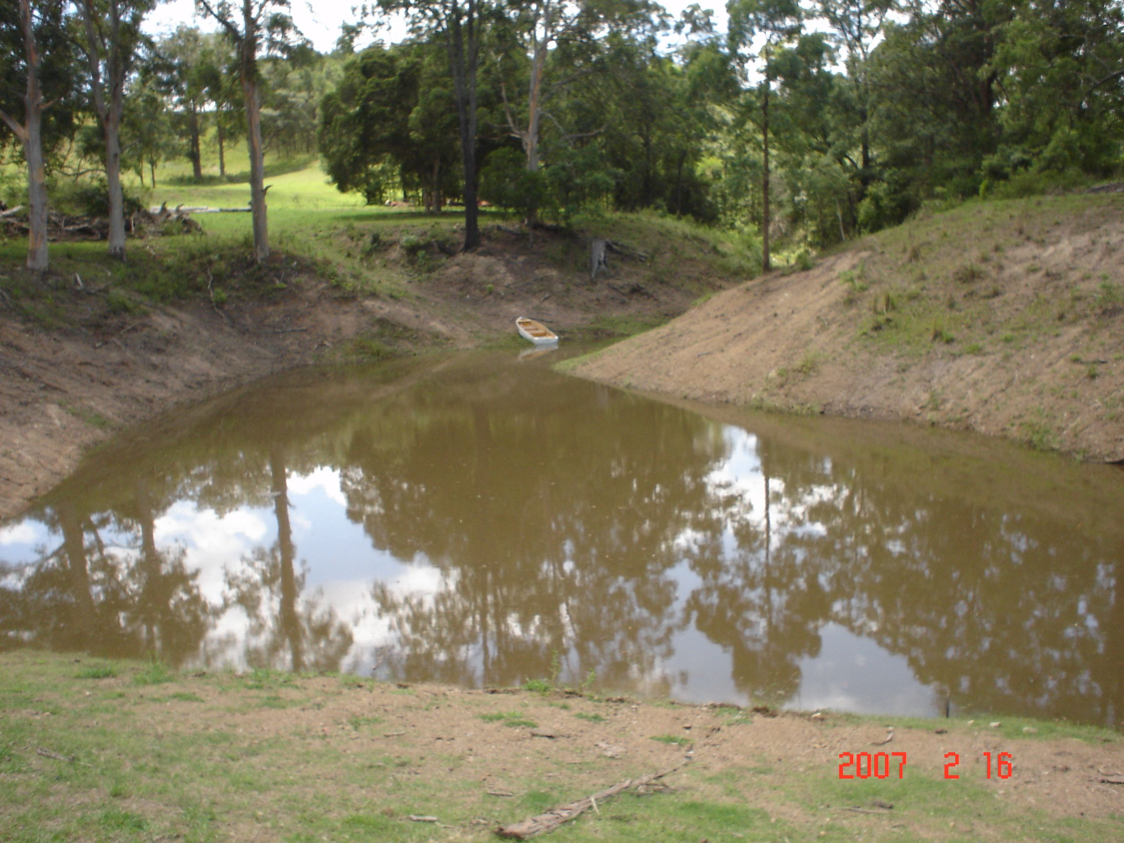 Dam or pond not filling? You may have a leak. Fix it NOW with Water$ave Plug & Seepage! Stop leaks fast without having to remove the existing water, more water the better. More info at www.polymerinnovations.com.au #stop #leak #sealer #agriculture #ag #farm #drought