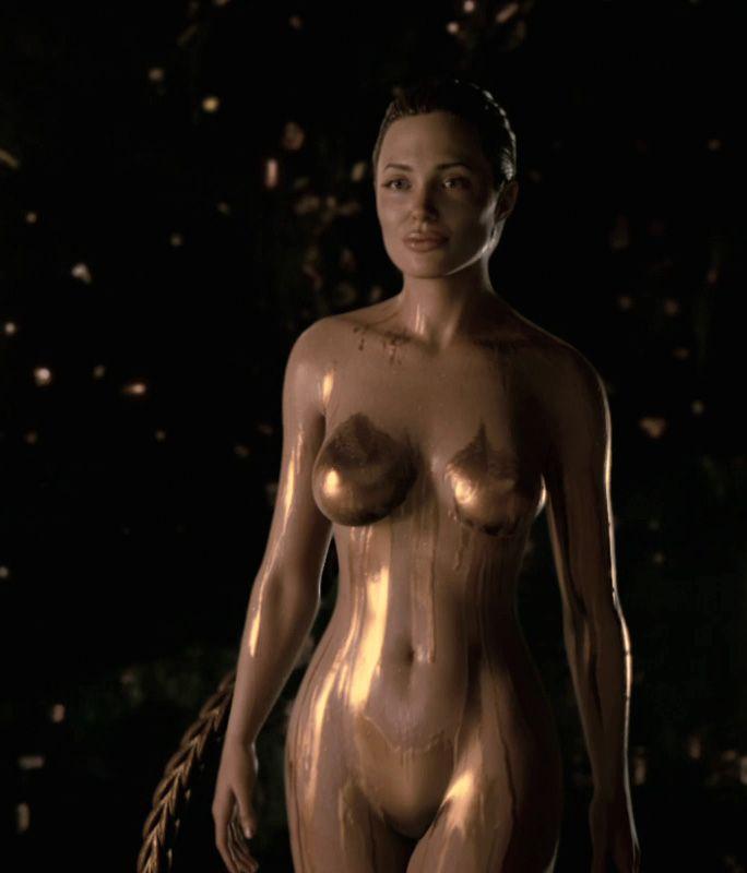 Jolie Naked