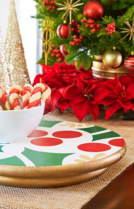 Best Turn This Colorful Lazy Susan Into A Fun Holiday Table 400 x 300