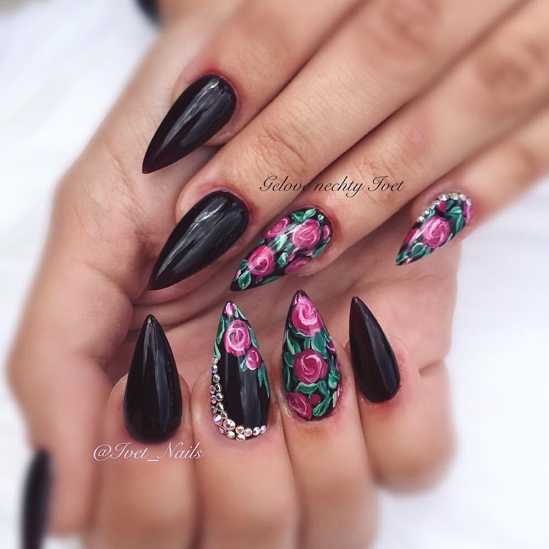 Pin von Caisha Nicolaas auf Nails | Pinterest | Nagelschere ...