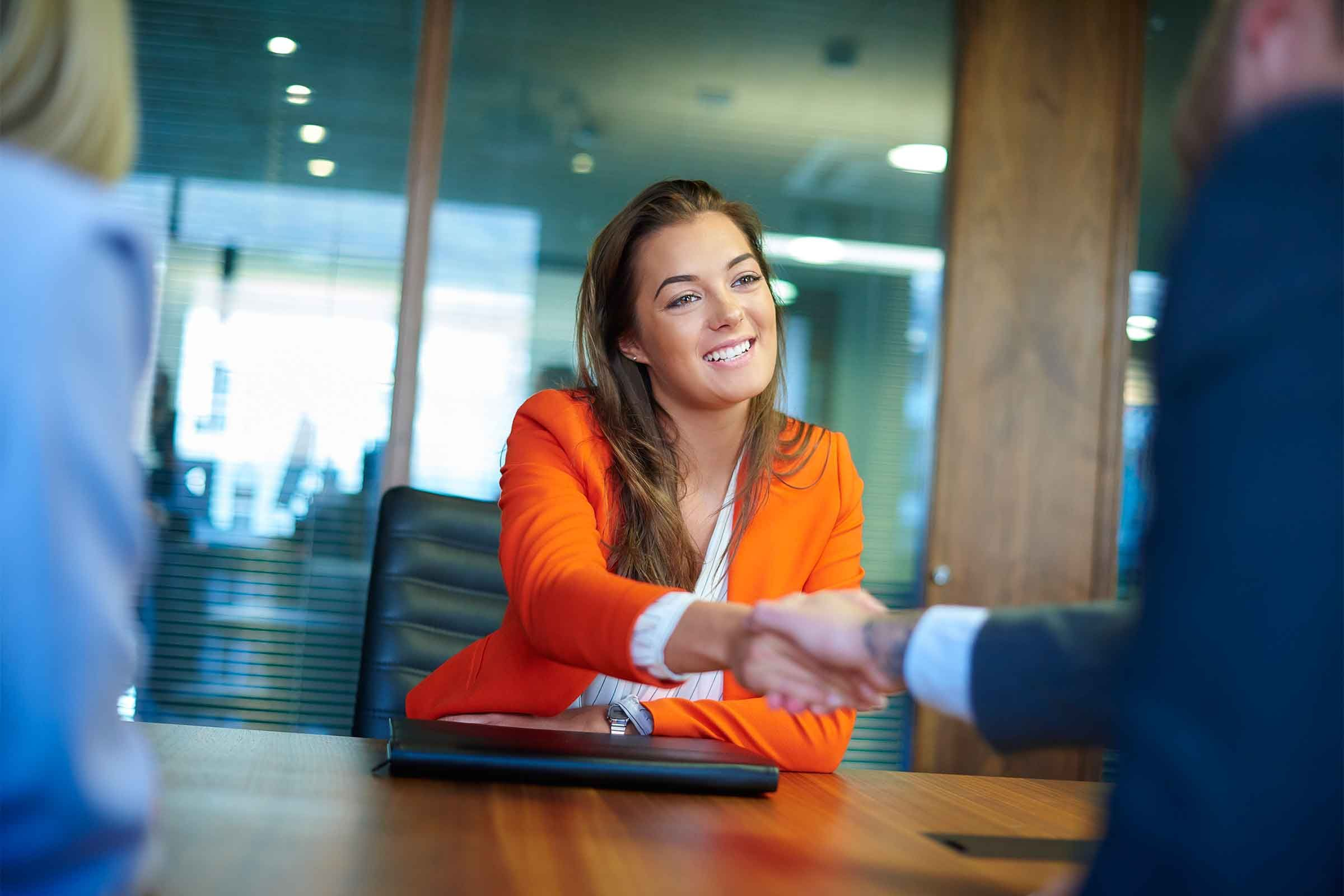 8 Proven Ways To Make A Good First Impression