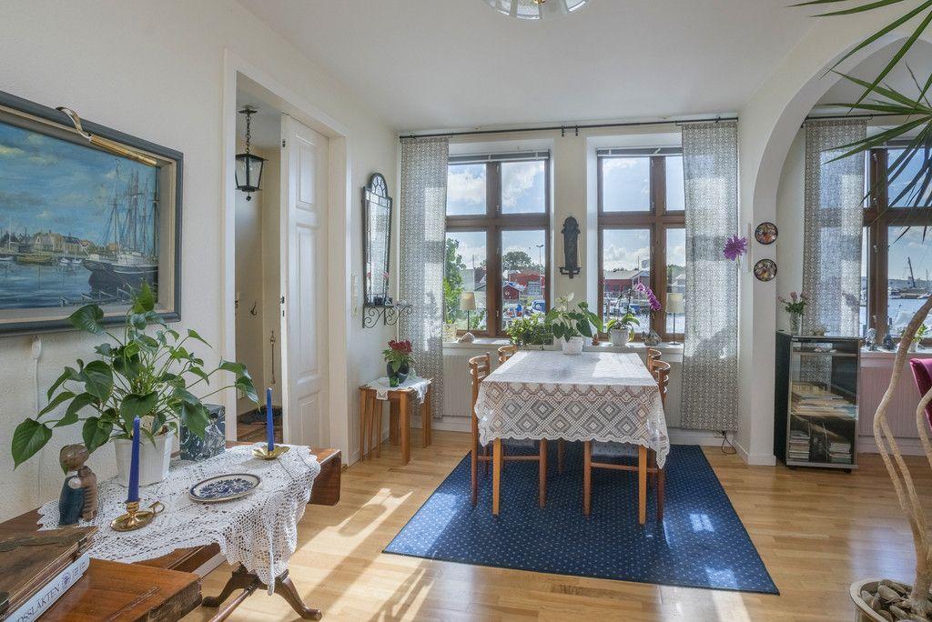 Wohnen In Stockholm mäklare i stockholm göteborg malmö och båstad skeppsholmen