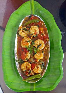 Baisali's homely kitchen: Tamato Chingri - Prawn in Tomato gravy