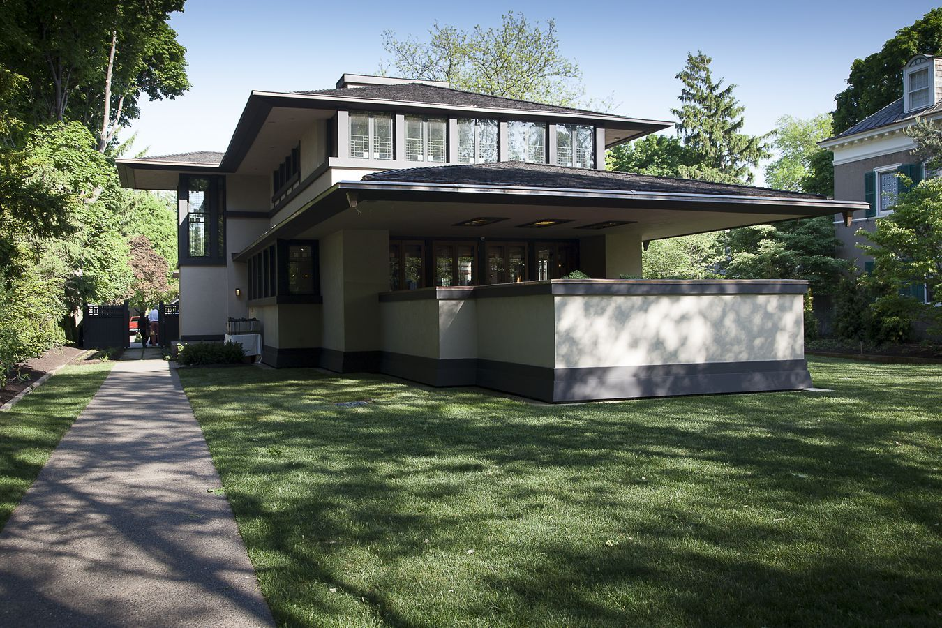 Superb Architecture The Boynton House A Frank Lloyd Designed Peacefully  Masterpiece Architecture Frank Lloyd Wright Home Designs Collections  Interior Design   ...