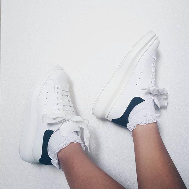 b0d2ab5691eb Alexander McQueen Oversized Sneaker