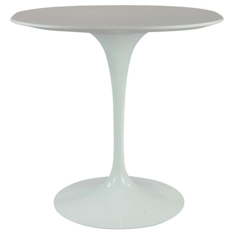 Original Vintage Knoll Saarinen Tulip Table Furniture Table - Original saarinen tulip table