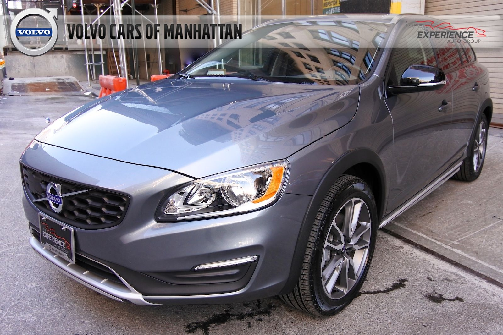 2017 volvo v60 cross country t5 station wagon
