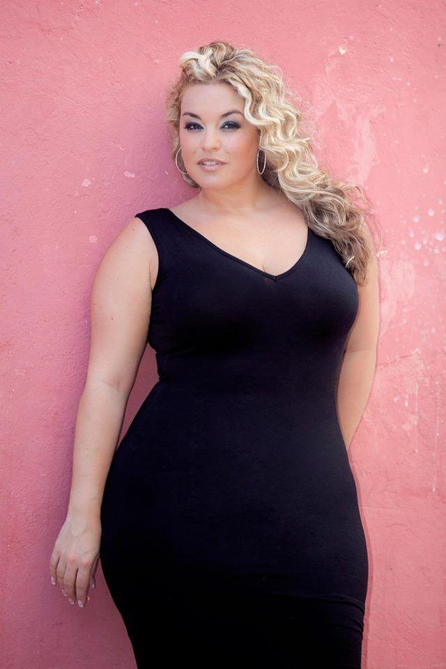 Plus size model Laura Lee | PLUS SIZE MODELS | Pinterest ...