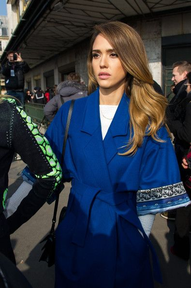 Jessica Alba Photos Photos Arrivals At The Kenzo Fashion Show In