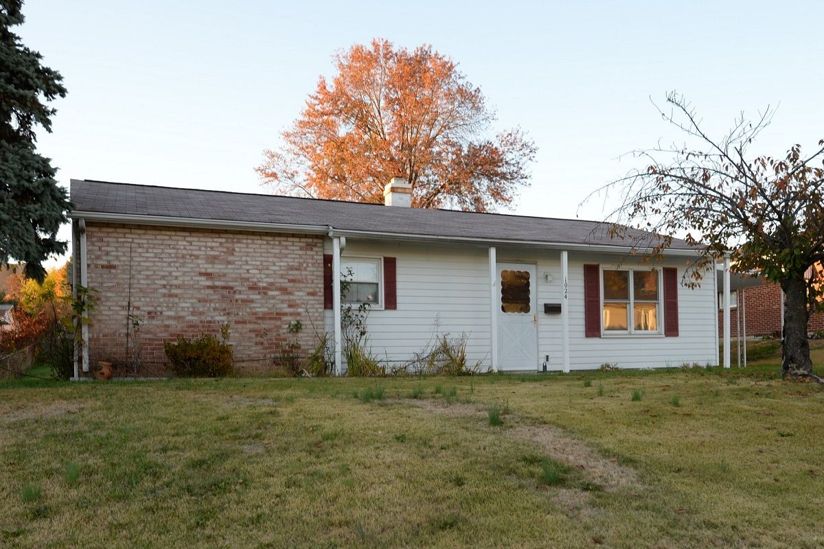 1024 Buttonwood Dr, Harrisburg ~ Move-in condition 3 bedroom ranch ...