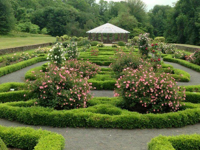 Here Are The 12 Most Beautiful Gardens You'll Ever See In
