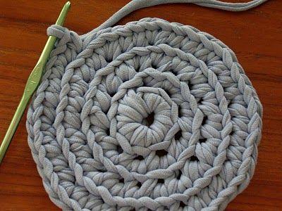 Tshirt Yarn Tutorial Knit And Crochet Pinterest Häkeln