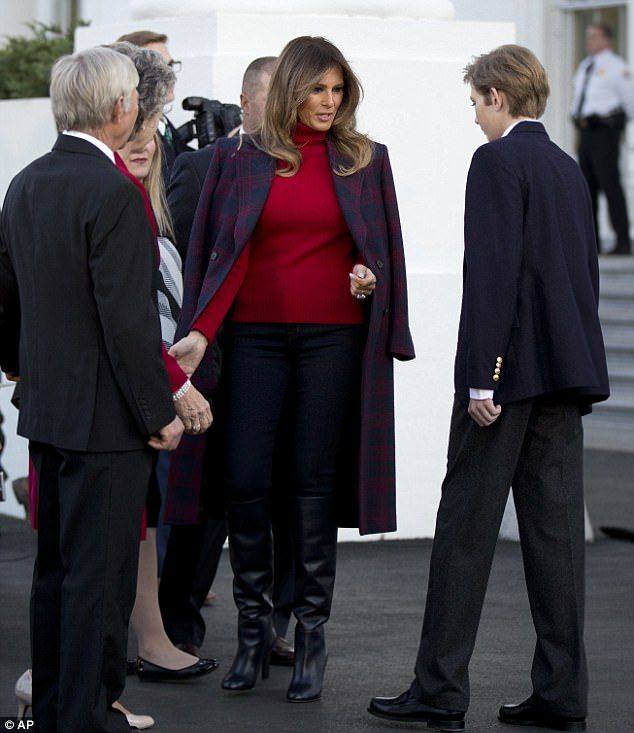 Barron Trump Joins Melania And Greets Christmas Tree Christmas Mom Political Fashion Trump Birthday